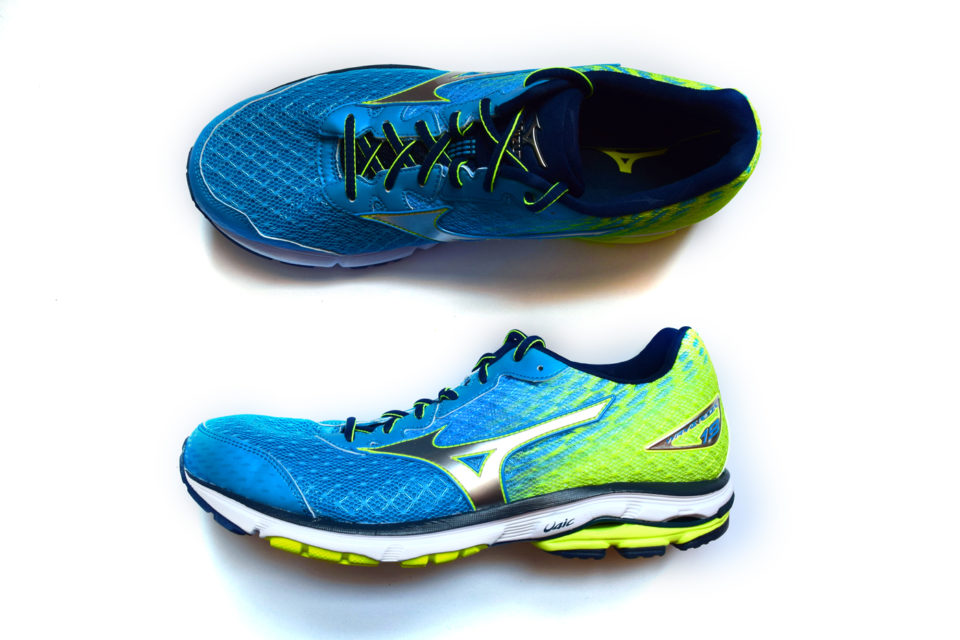 mizuno wave ultima 11 vs ride 22 plus bass